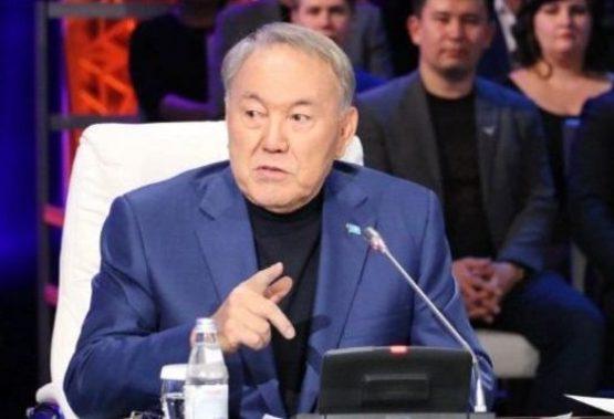 Нұрсұлтан Назарбаев: Қазақ тілінде «ь», «ъ» белгілері, «ч», «щ», «я» әріптері жоқ