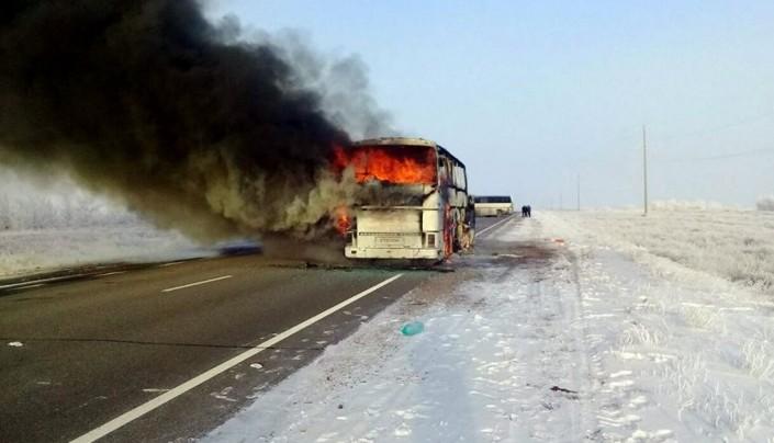 Автобус апатынан аман қалған бес адам оқиғаның қалай болғанын айтып берді