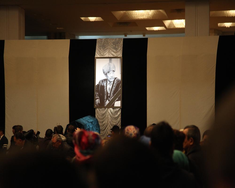 Алматыда Шерхан Мұртазаны ақтық сапарға шығарып салды (фото)