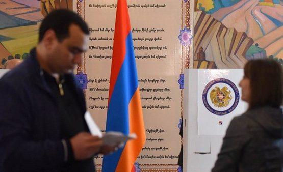 Арменияда кезектен тыс парламент сайлауы өтіп жатыр