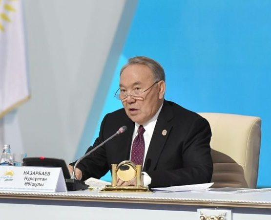 Н. Назарбаев: Әр үйге баратын жол жасауға 35 миллиард теңге бөлінсін