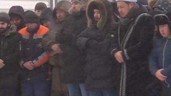 Астанада өрттен қаза болған бес баланы жерледі