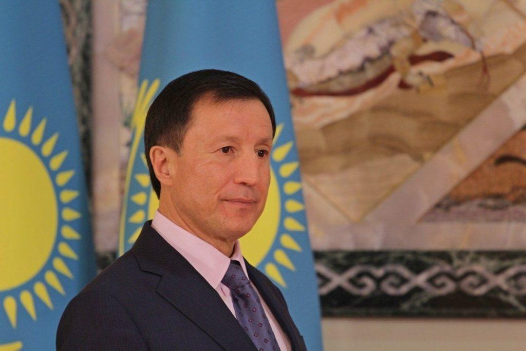 """Әділбек Жақсыбеков """"Цесна"""" банкті сатты"""