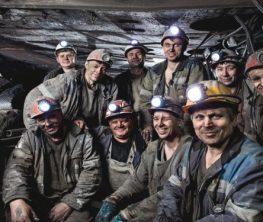 Қарағанды шахтерлері Тұңғыш президент - Назарбаевқа үндеу жолдады: Сізге сеніп келдік