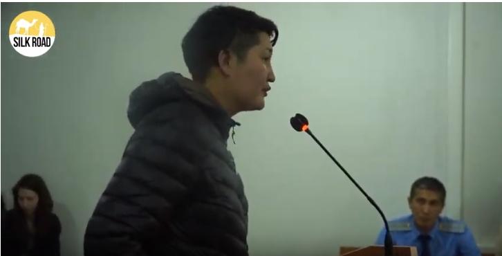 Әділ сайлау туралы баннер үшін 15 күнге қамалған Әсия Төлесованың соты қалай өтті? (видео)