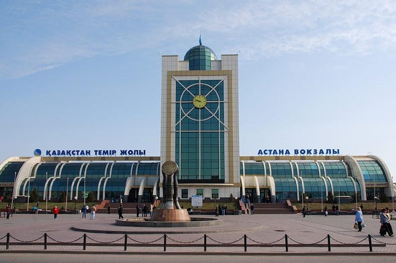 Астана вокзалын Нұр-Сұлтан деп қайта атауға бюджеттен ақша шығындалмайды екен