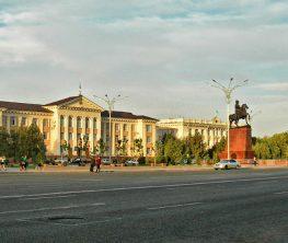 Тараз қаласындағы «Достық» алаңын Назарбаевтың атына беру туралы шешім талқылауға шығарылды