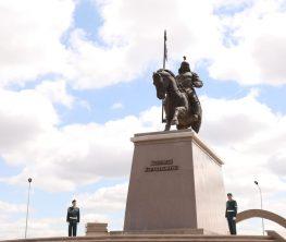 Ақтөбеде Бөкенбай батырдың  ескерткіші ашылды (фото)