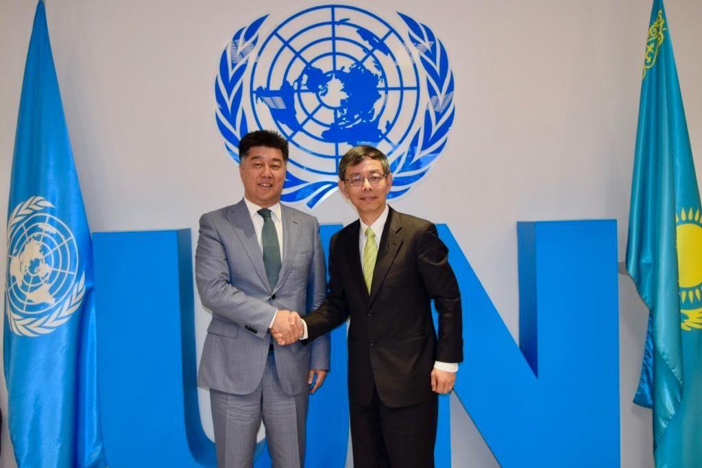 Астана мемлекеттік қызмет хабының басқарма Төрағасы Алихан Байменов «Enterprise Singapore» басшысымен кездесті