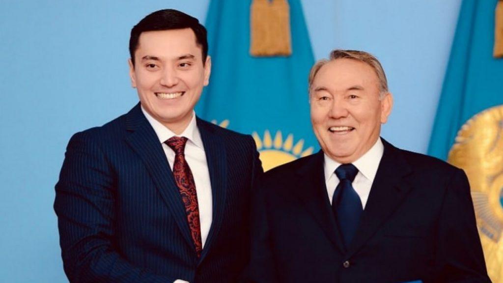 Әртіс әрі әнші Әлімжанов депутат болып, ант берді