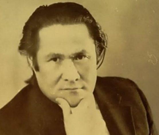 Таласбек Әсемқұлов. Өгей