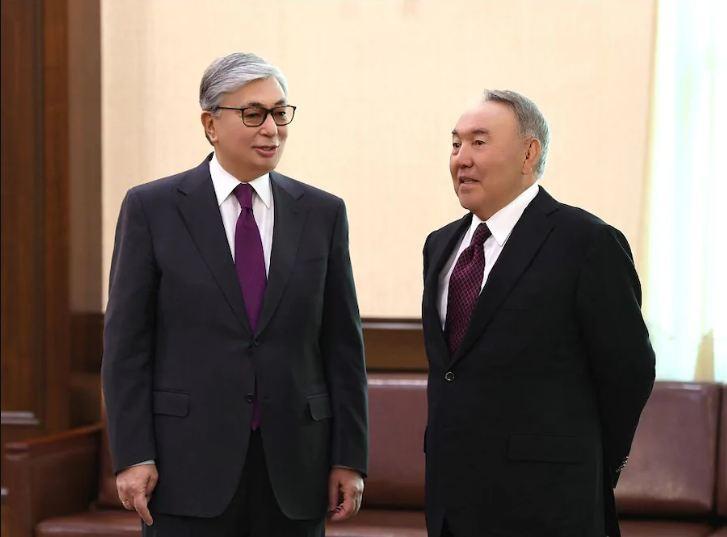 №184 жарлық: Назарбаевтың келісімін алмай Тоқаев шешім қабылдамайды