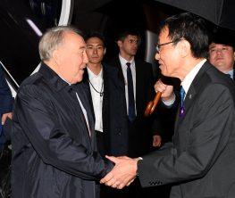 Назарбаев Жапонияға барды