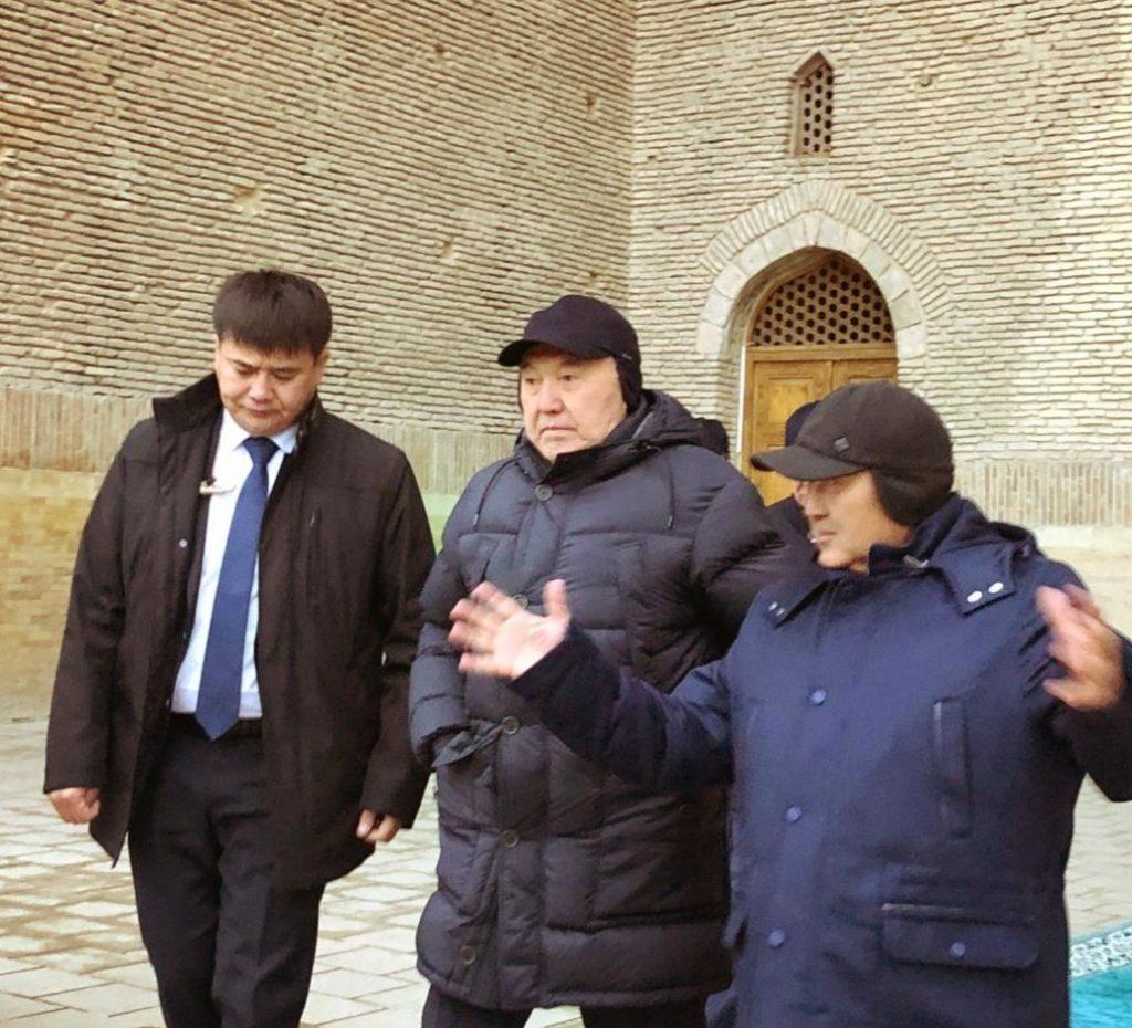 Назарбаев Түркістанға барып, құрылыс барысымен танысты