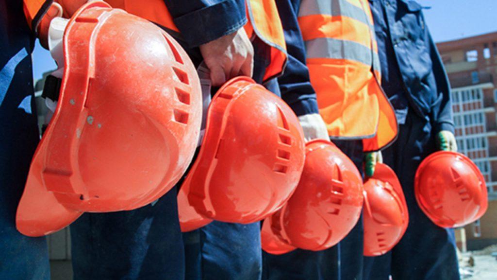 Сенатта шетел және жергілікті жұмысшылардың еңбек теңсіздігі талқыланды