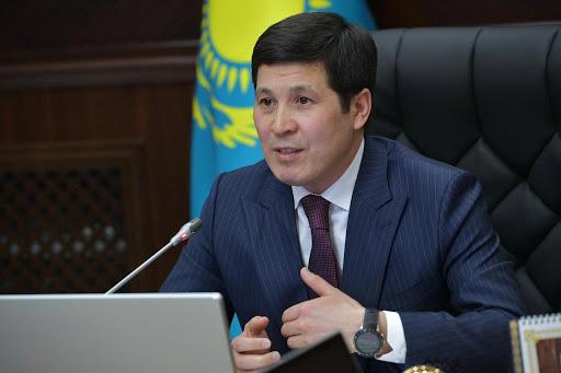 Әбілқайыр Сқақов Павлодардың атын өзгерткісі келмейді