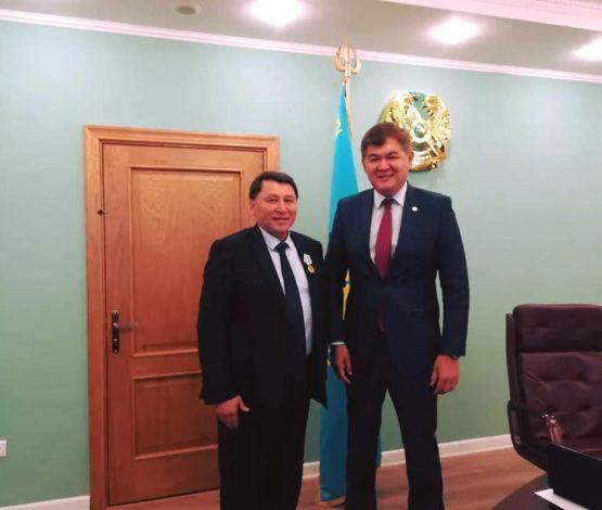 Біртанов: Бекшинге ерен еңбегі үшін алғыс айтқым келеді