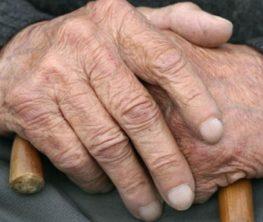 Алматыда өкпенің70%зақымданған 95 жастағы қария ауруынан жазылды
