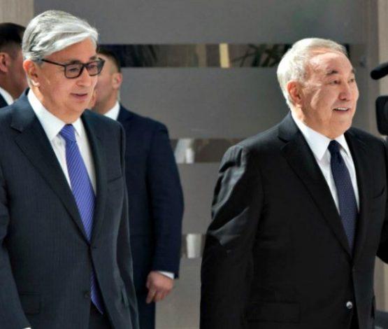 Тоқаев Назарбаев туралы мақала жазды