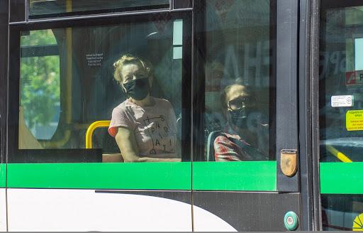 Алматыда қоғамдық көлікте маскасын дұрыс тақпаған 89 адамды ақылды камералар анықтады