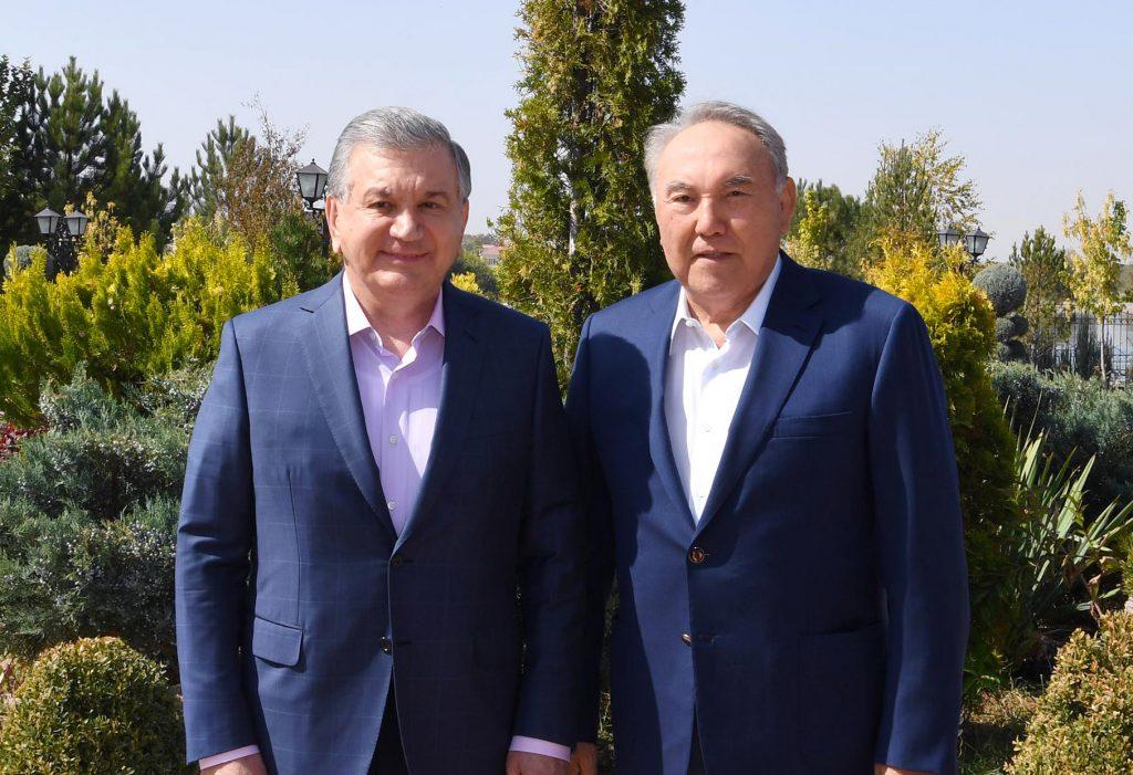 Назарбаев Өзбекстан президентімен кездесті