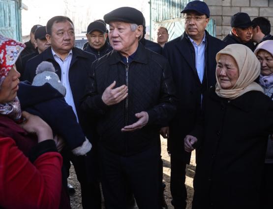 Сапарбаев: «Қазақ пен дүнген төбелесіп қалды демеуіміз керек»