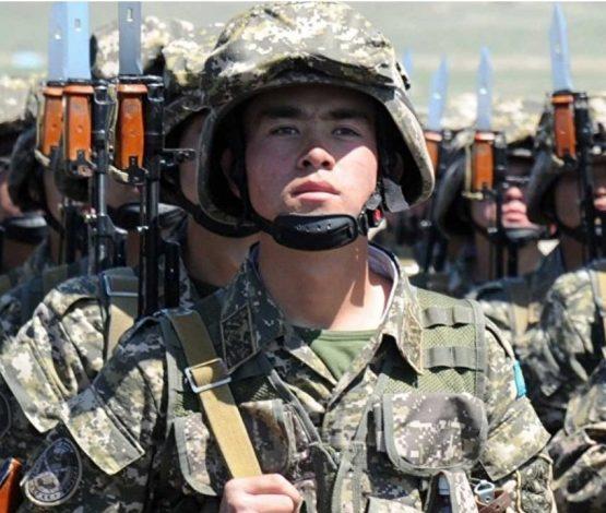 Тоқаев әскери қызметке шақыру туралы жаңа қаулыға қол қойды