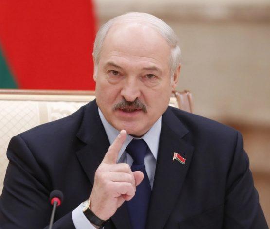 Лукашенко екі шартпен ғана биліктен кететінін айтты