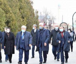 Қырымбек КӨШЕРБАЕВ: «Ресейдің жазушы-сыншысы айтысты жоғары бағалады»
