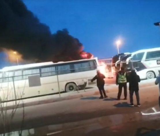 Теңіз кенішінде 5 автобус өртенді