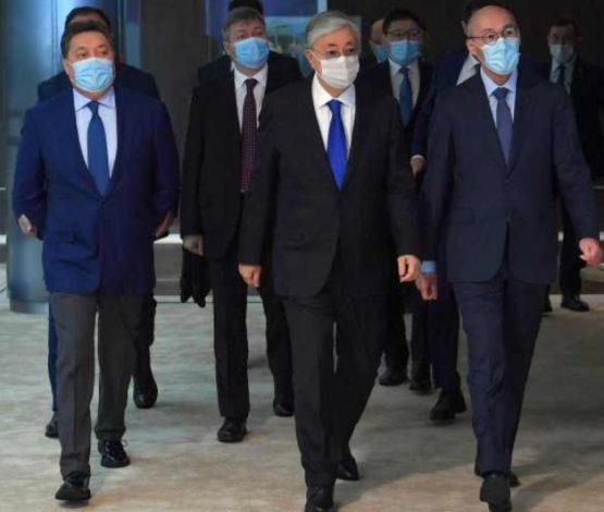 Билік элитасының рейтингі: Назарбаев неге жоқ?