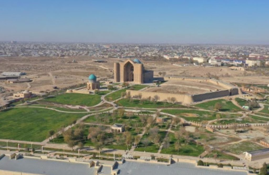 Түркістанда 74 жастағы зейнеткер әкімдік ғимаратын заңсыз сатып алған